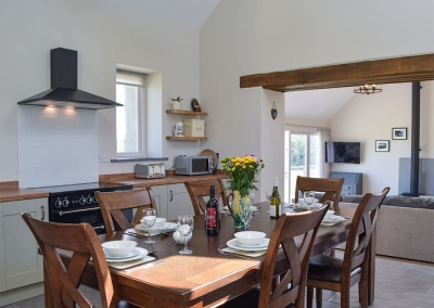 The kitchen & dining area at Bwthyn y Bugail, Penrhiw