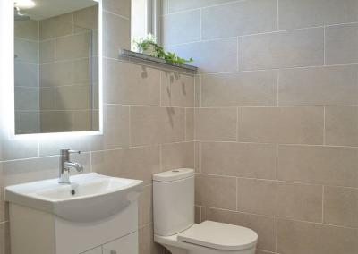 Bedroom #1 en-suite at Bwthyn y Bugail, Penrhiw