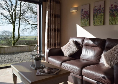 The open plan living area at Castle Farm, Tufton