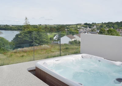 The hot tub at Green Meadow, St Dogmaels
