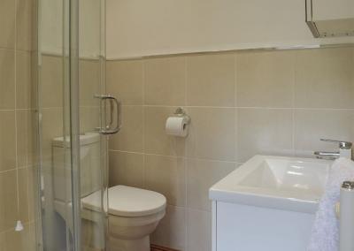 Bedroom #2 en-suite at Hafan Dawel, Stepaside