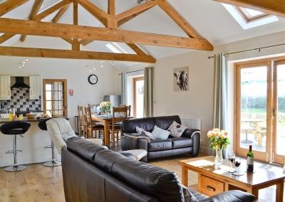 The living area at Llanlliwe Cottage, Henllan Amgoed