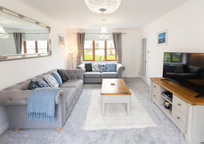 The spacious and airy living area at Oak Grove 32, Twycross