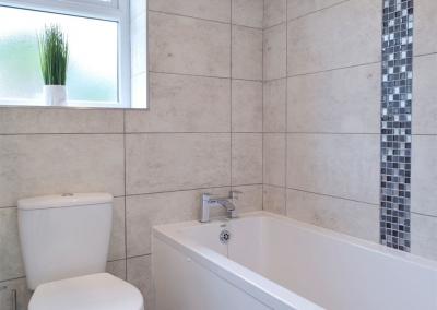 The bathroom at Sandunes, Tenby