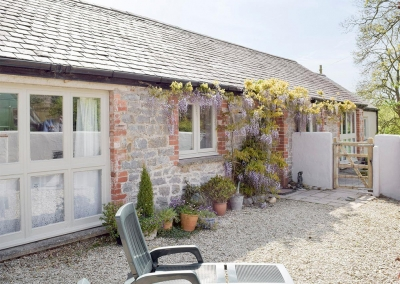 The courtyard at Valley View Barn, St Twynnells
