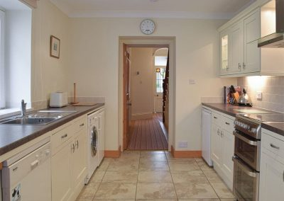 The kitchen at Y Traethdy, Tenby